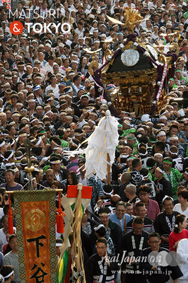 〈下谷神社大祭〉本社神輿渡御 2016.05.08 ©real Japan 'on! (sty16-023)