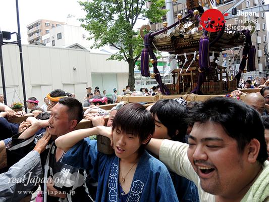 「横浜祭友会」2016年 横浜開港祭 みこしコラボレーション_YH16_055