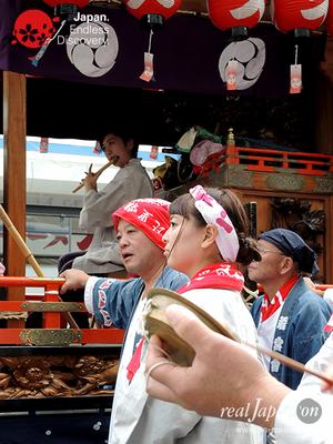 第40回よこすかみこしパレード 2016年10月16日【55. 久比里囃子保存会】YMP16_131