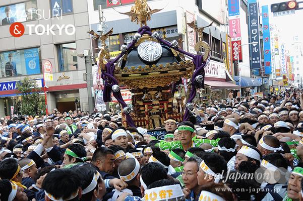 〈下谷神社大祭〉本社神輿渡御 2016.05.08 ©real Japan 'on! (sty16-021)