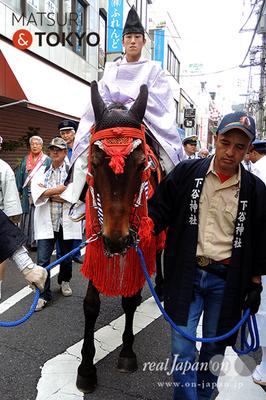 〈下谷神社大祭〉本社神輿渡御 2016.05.08 ©real Japan 'on! (sty16-005)