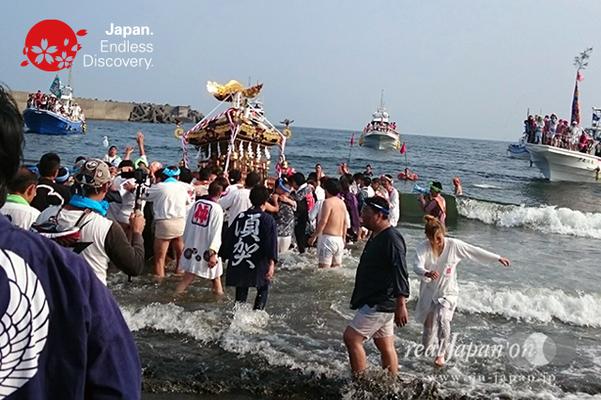 2016年度  平塚三嶋神社例大祭「須賀のまつり」_HMS16_010