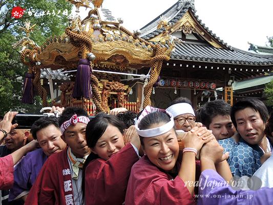 亀戸天神社例大祭:二十二番〈亀一天神講〉2014.08.24  Ⓒreal Japan'on!:ktj14-043