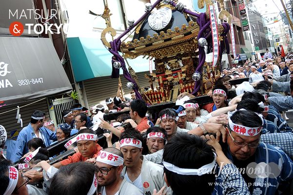 〈下谷神社大祭〉本社神輿渡御 2016.05.08 ©real Japan 'on! (sty16-009)