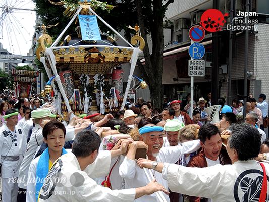 「小糸睦會」2016年 横浜開港祭 みこしコラボレーション_YH16_027