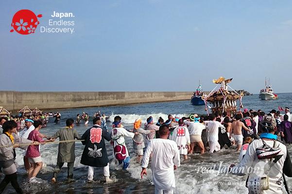2016年度  平塚三嶋神社例大祭「須賀のまつり」_HMS16_004
