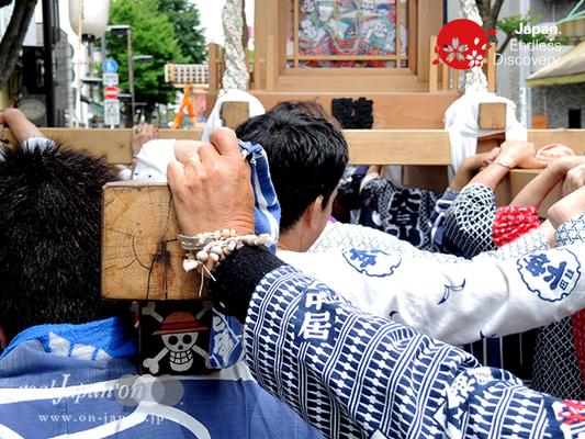 「盟友連」2016年 横浜開港祭 みこしコラボレーション_YH16_051