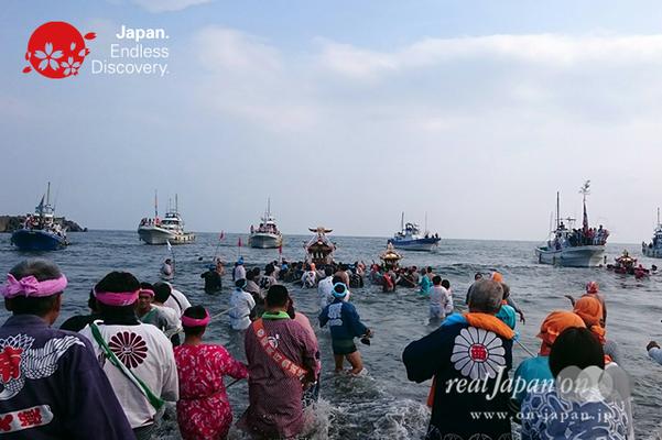 2016年度  平塚三嶋神社例大祭「須賀のまつり」_HMS16_007