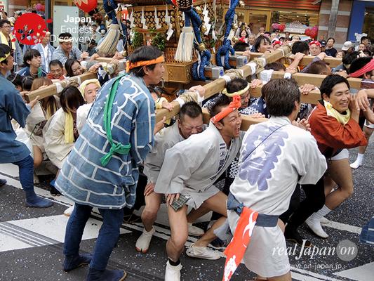 第40回よこすかみこしパレード 2016年10月16日【52. 濱町町内会】YMP16_124