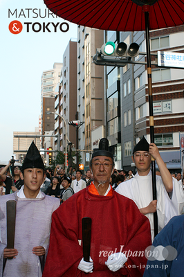 〈下谷神社大祭〉本社神輿渡御 2016.05.08 ©real Japan 'on! (sty16-033)