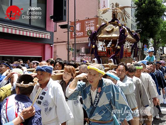 「濱睦」2016年 横浜開港祭 みこしコラボレーション_YH16_002