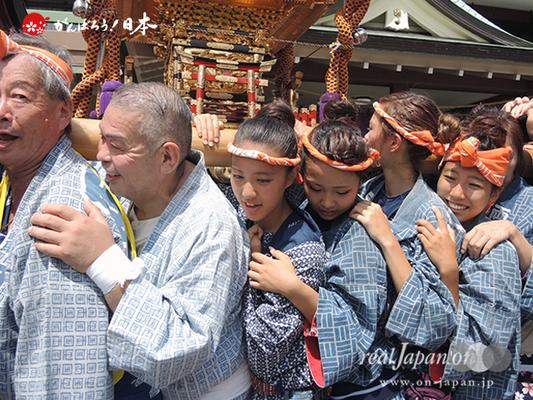 亀戸天神社例大祭:十六番〈両国小泉会〉2014.08.24  Ⓒreal Japan'on!:ktj14-030