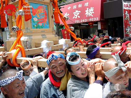 「濱友會」2016年 横浜開港祭 みこしコラボレーション_YH16_046