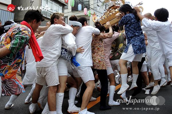 〈2014年 羽田まつり・各町神輿連合渡御〉仲東 町会