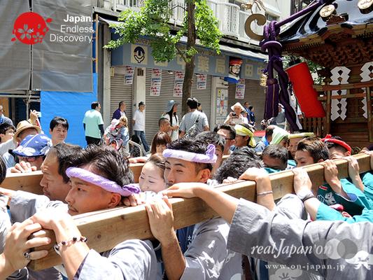「若勇會」2016年 横浜開港祭 みこしコラボレーション_YH16_040