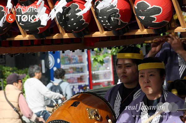 〈下谷神社大祭〉本社神輿渡御 2016.05.08 ©real Japan 'on! (sty16-015)