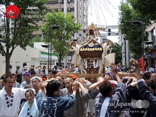 「廣友會」2016年 横浜開港祭 みこしコラボレーション_YH16_042