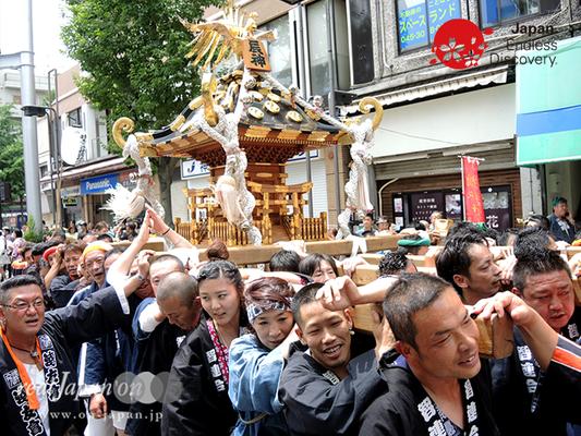 「辰神會」2016年 横浜開港祭 みこしコラボレーション_YH16_060