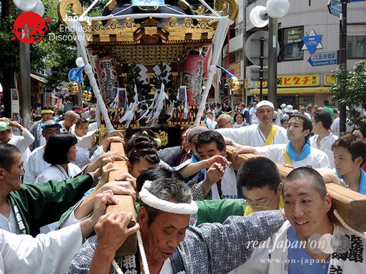 「小糸睦會」2016年 横浜開港祭 みこしコラボレーション_YH16_029