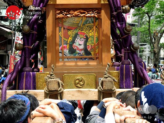 「大久保神輿会」2016年 横浜開港祭 みこしコラボレーション_YH16_071