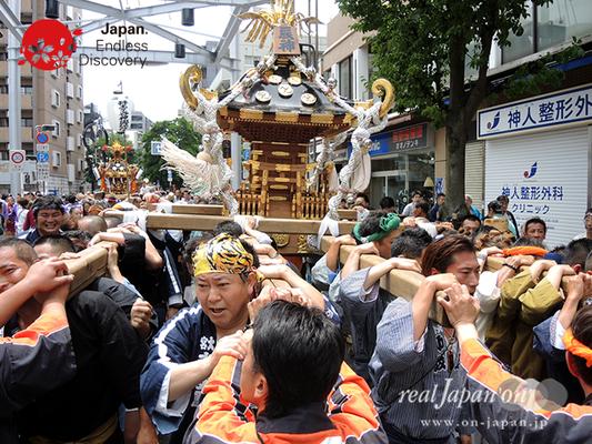 「辰神會」2016年 横浜開港祭 みこしコラボレーション_YH16_059