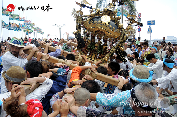 〈2014年 羽田まつり・各町神輿連合渡御〉仲七 町会