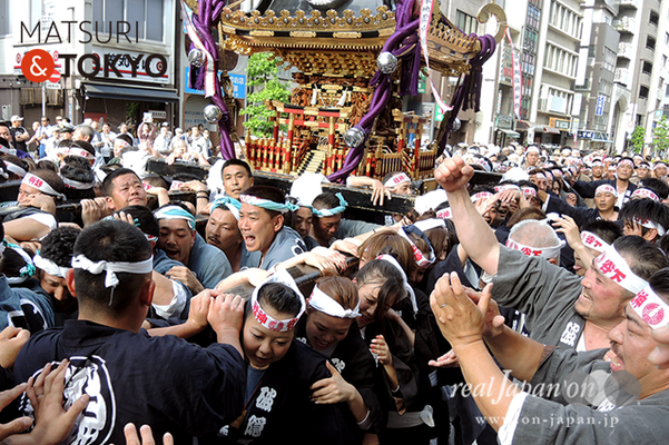 〈下谷神社大祭〉本社神輿渡御 2016.05.08 ©real Japan 'on! (sty16-019)
