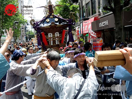 「若勇會」2016年 横浜開港祭 みこしコラボレーション_YH16_039