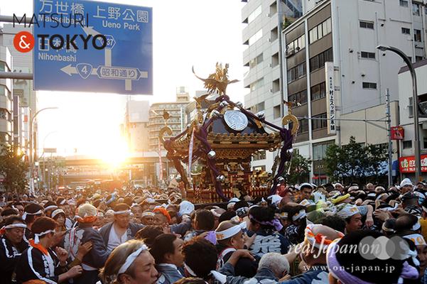 〈下谷神社大祭〉本社神輿渡御 2016.05.08 ©real Japan 'on! (sty16-032)