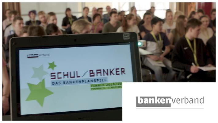 Zahlreiche Filmproduktionen mit Produktion und Postproduktion vor Ort zum jährlichen SCHUL/Banker Event.