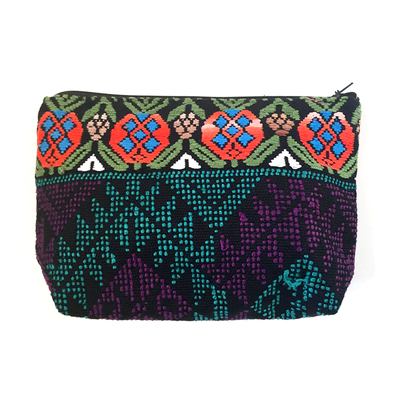 upcyclet huipil bag -clutch - kosmetik tasche - fair produziert in guatemala,guatemala, cosmeticbags, fairfashion, womencollective, handwoven, handgemachte gewebte kosmetiktaschen, slowfashion, huipiles upcycled, upcycled traditional textiles
