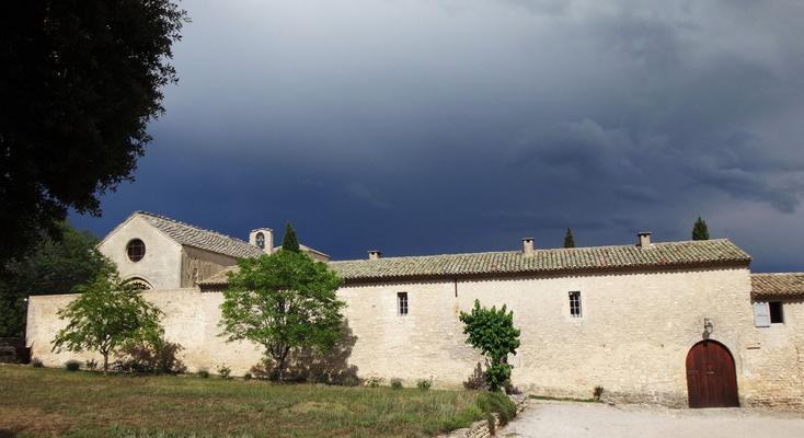 Temps orageux sur l'aile Nord-Est du Monastère (2014)