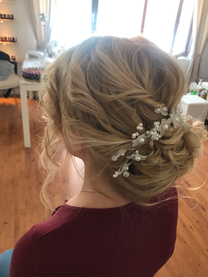 Hochzeit Heirat Wedding Brautstyling by Jay Berkoh body.and.soulcosmetics #hamburg #Braut #Brautstyling #St.pauli #weddinghamburg #brautstylingbyjayberkoh #bodyandsoulcosmetics #happybridehamburg #SH #schleswigholsstein