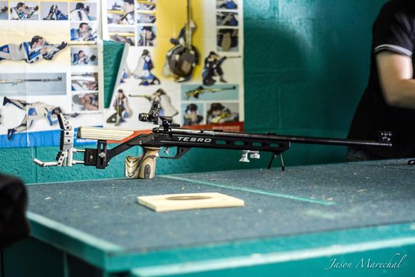 Arme pour le tir à 50 mètres en calibre .22