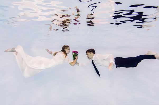 Hochzeitsfotos Unterwasser