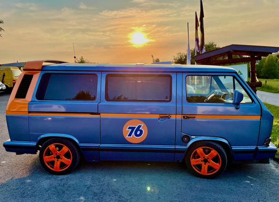 Sonnenuntergangs-T3-Multivan-Idylle.