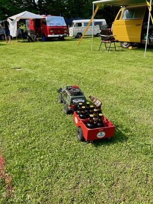 Willst du Bier? Hier kommt es ferngesteuert geliefert.