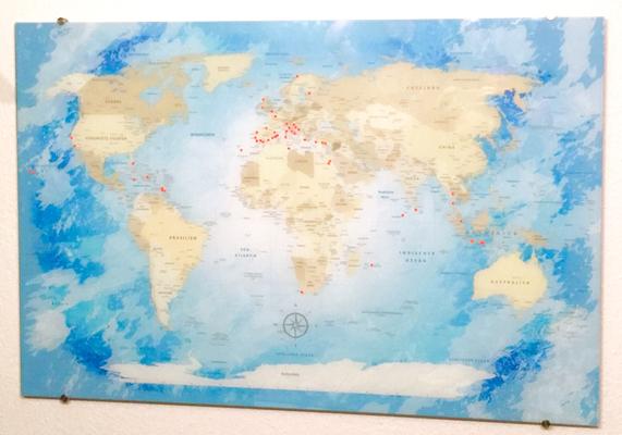 Weltkarte auf Acrylglas von Lanakk