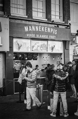 Manneken Pies Fries in Amsterdam, Nikon F80