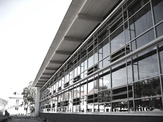 Ballspielhalle Obertürkheim, Bauleitung