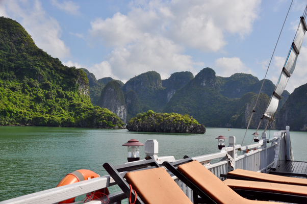 Halong Bay Vega Travel Boat