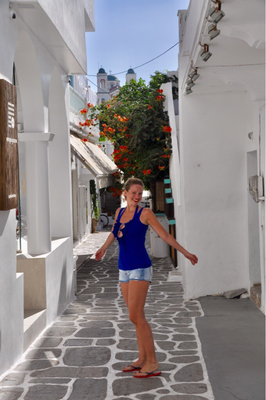 Paros Naoussa Girls who travel