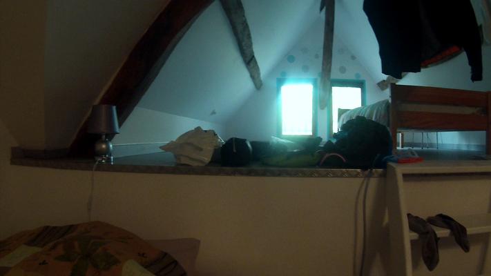 En plus des 2 lits de 140, une mezanine avec un lit de 90