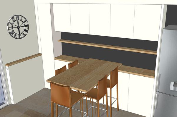 Simulation 3D de la cuisine. Table haute en chêne clair, chaises hautes en cuir, meubles hauts et bas en laque blanc lin, peinture ardoise en crédence.