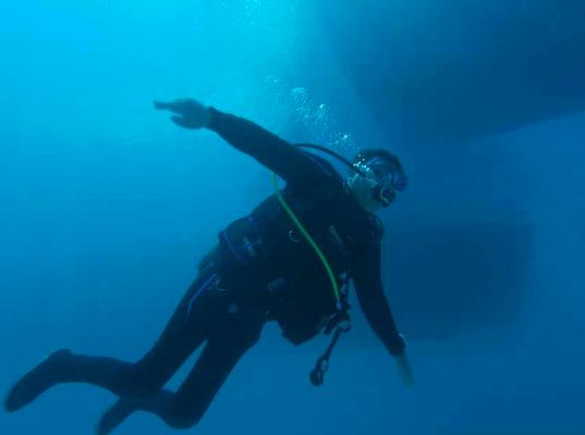 schwerelos im Wasser , tauchen mit Behinderung, HSA