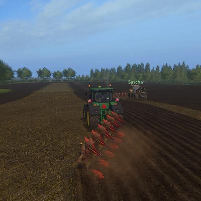 Das kleinste Feld des Betriebs ist mit zwei Mann schnell erledigt.