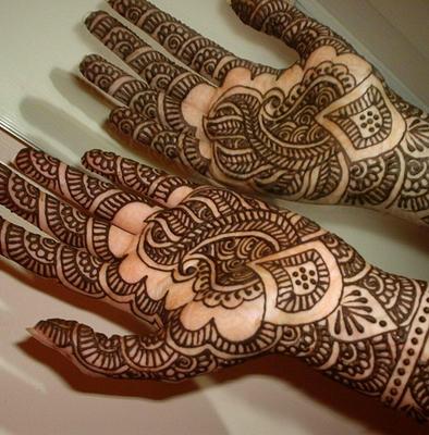 henné-peinture-corporelle-maghreb-main.jpg