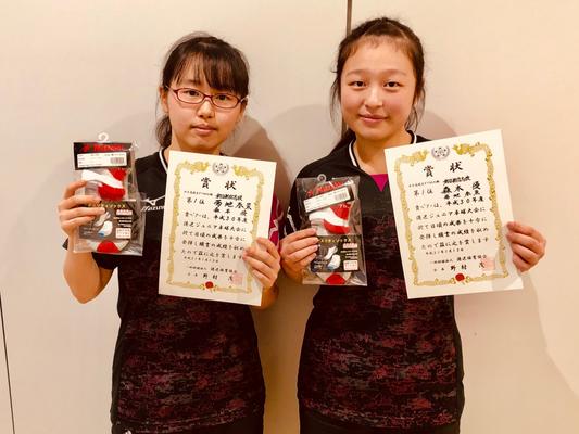 高校生女子(複)優勝:菊地選手・森本選手(都立新宿高校)