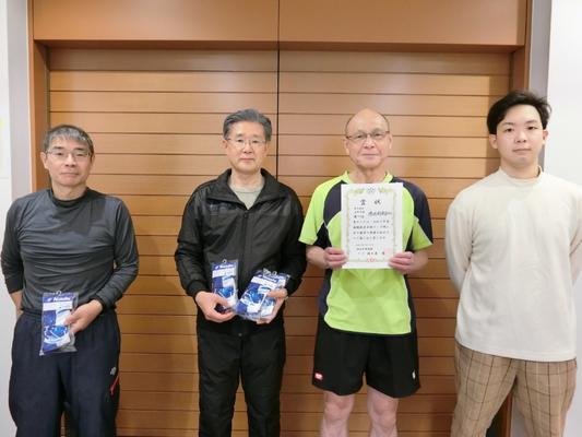 男子5部B・優勝:港区杉卓会(B)