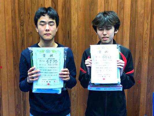 中学生以下男子(複)優勝:長澤選手・稲葉選手(麻布中学校)